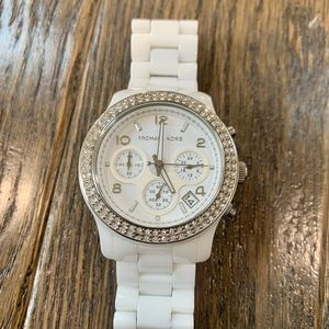 Michael Kors White Ceramic Watch with Crystals.